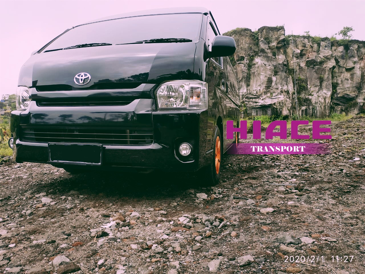 Sewa hiace transport